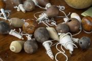 Juegos tradicionales llaneros: Trompos, zarandas y huesa.